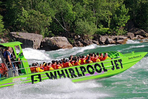 Niagara-Whirlpool-Jet-Ride-000017825766_Large_Re.jpg